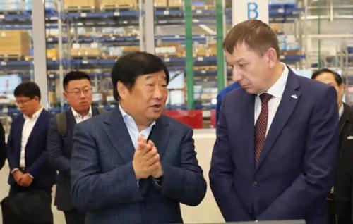 谭旭光考察白俄罗斯马兹潍柴公司