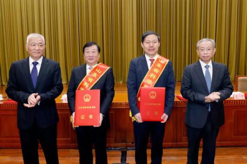 """谭旭光""""四十年磨一剑"""",获2020年度山东省科学技术最高奖"""